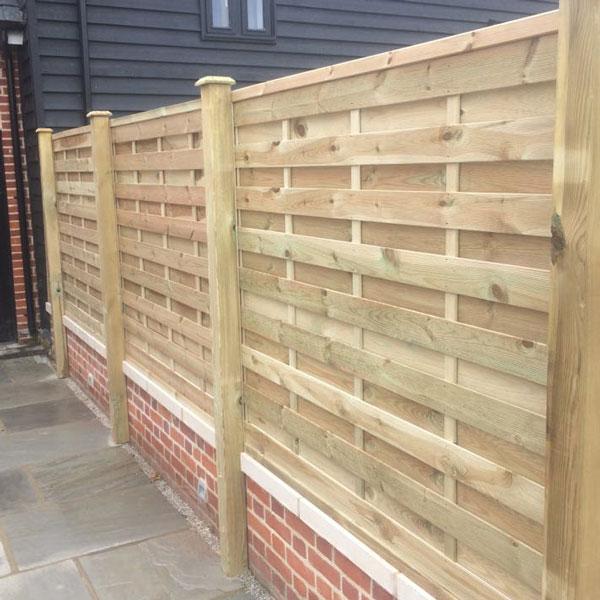Lemon Fencing Fencing In Essex Garden Buildings Log