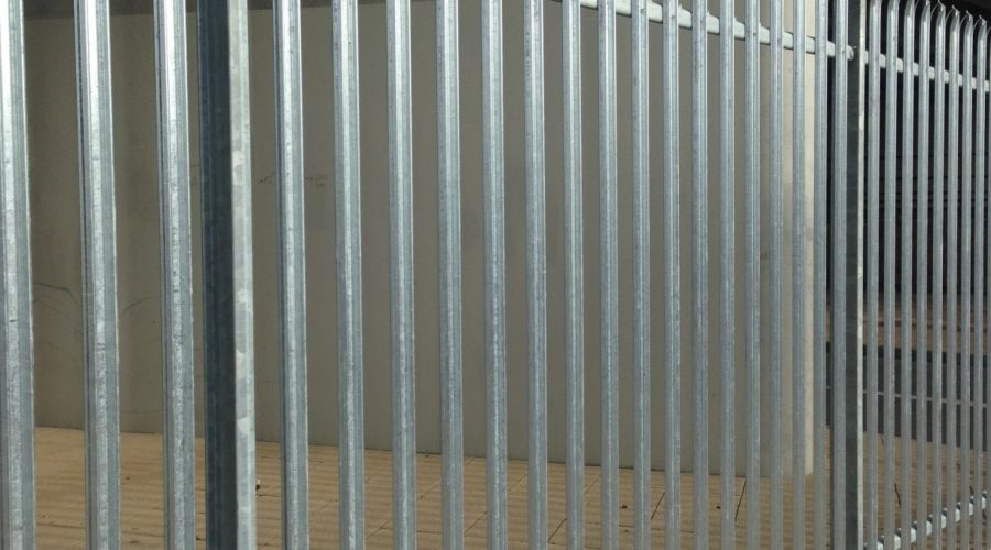 Triple pointed palisade galvanised (1)