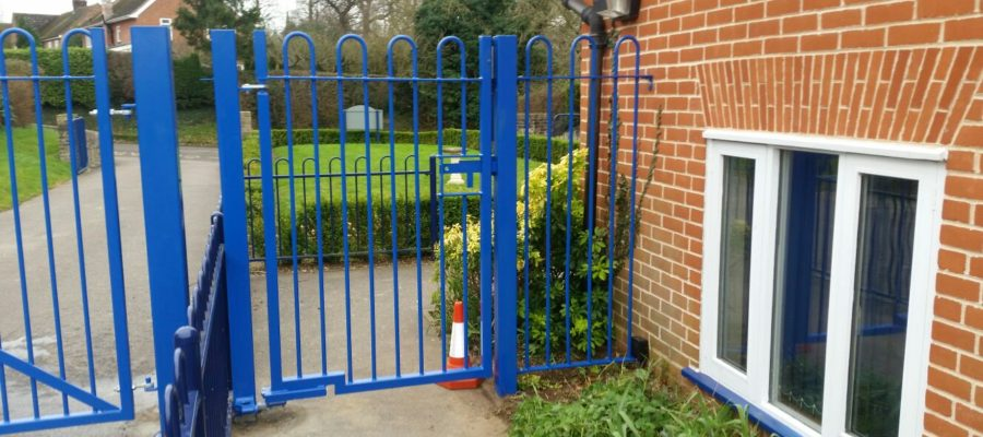 bow top railing gates blue