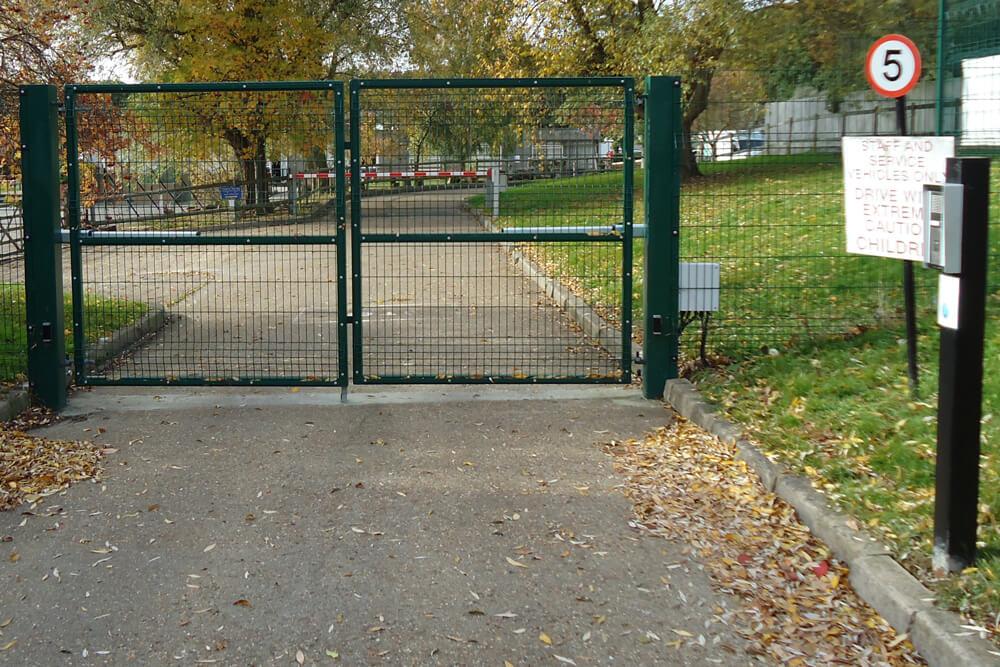 mesh-gates-1000-2000