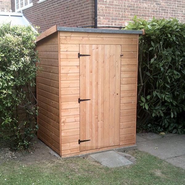 Half wallshed 0 9 x lemon fencing fencing in for Garden shed essex