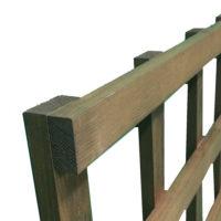 Fine sawn square trellis