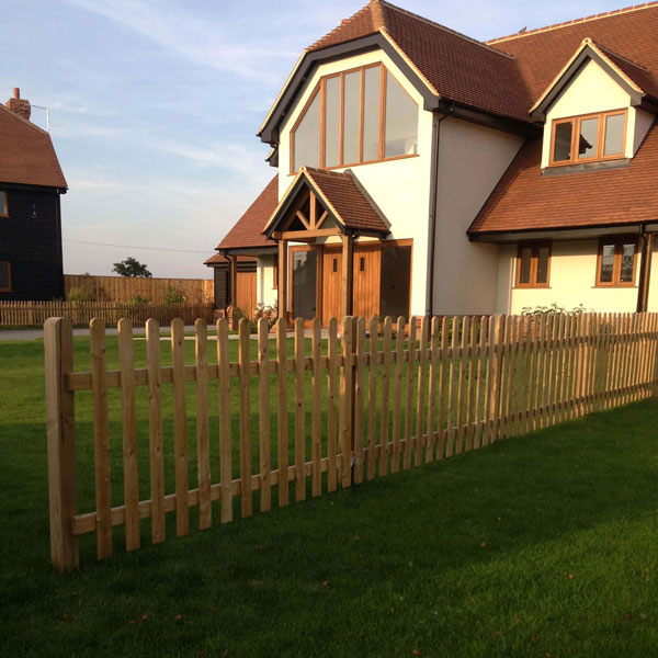 Pickett fencing