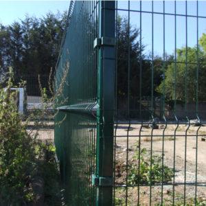 Protek mesh corner post