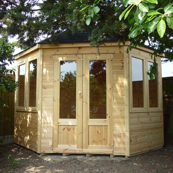 Corner-cabin
